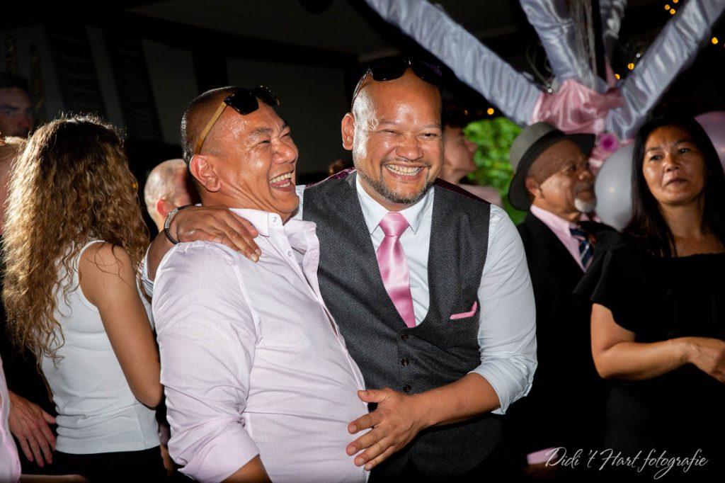Bruiloft trouwen Didi t hart fotografie Baarle Nassau Zoetermeer trouwen bossen bruidsfotograaf trouwfotograaf